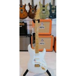Fender American Vintage '57 Commemorative Stratocaster Maple Fingerboard