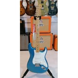 Fender Standard Stratocaster Maple Fingerboard Lake Placid Blue